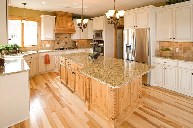 traditional kitchen cabinets 32 Kệ Bếp Cao Bằng – Showroom Thế Giới Kệ Bếp tại Cao Bằng
