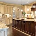 traditional-kitchen-cabinets 34