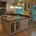 traditional-kitchen-cabinets 35