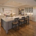 traditional-kitchen-cabinets 37